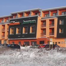 zimní pohled na hotel