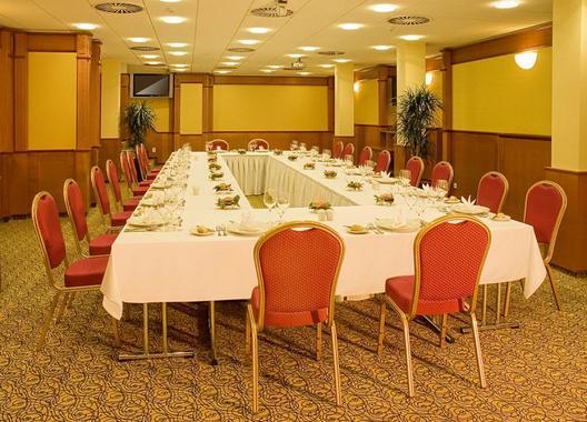 primavera-hotel-congress-centre_salonek-a-zluty-salonek-2