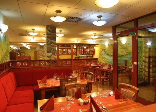 PRIMAVERA-Hotel-&-Congress-centre-23