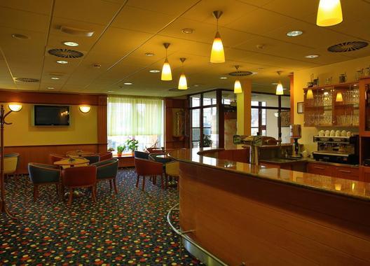primavera-hotel-congress-centre_kavarna-3