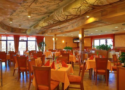 PRIMAVERA-Hotel-&-Congress-centre-18