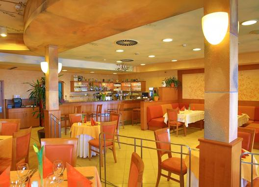 PRIMAVERA-Hotel-&-Congress-centre-17