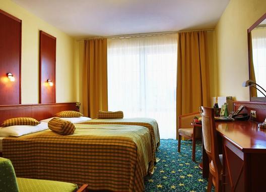 PRIMAVERA-Hotel-&-Congress-centre-11