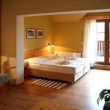 Hotel Vyhlídka Luhačovice 36550956