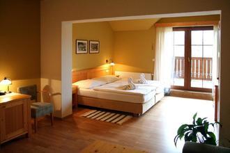 Hotel Vyhlídka Luhačovice 933476706