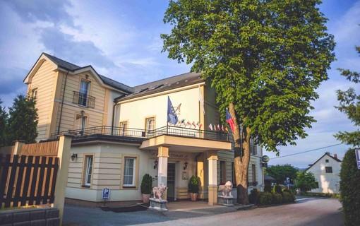 Kouzelný romantický víkend-Hotel TOMMY 1153953295