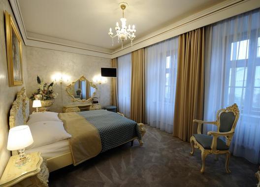 Hotel-Prince-de-Ligne-4