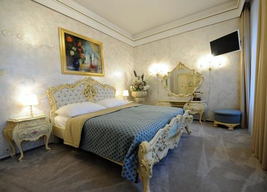 Hotel-Prince-de-Ligne-10