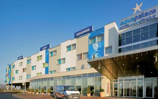 Vánoční Wellness-Aquapalace Hotel Prague 1149271711