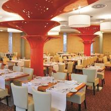Aquapalace Hotel Prague Praha 44152646