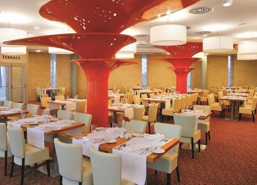 Aquapalace-Hotel-Prague-13