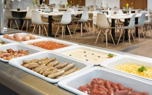 OREA Resort Santon Brno snidane3