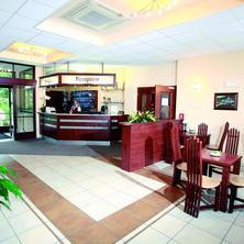 recepce a lobby bar