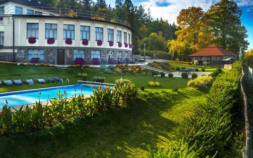 Dámská jízda-ERMI HOTEL 1153953815