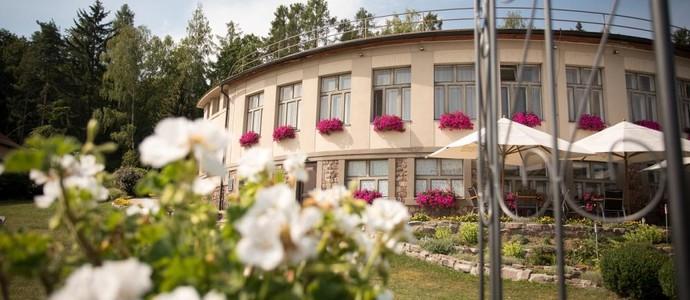 ERMI HOTEL Jince 1148180227