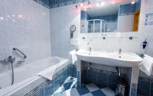 MONTI SPA HOTEL 1157558633