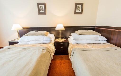 MONTI SPA HOTEL 1157558611