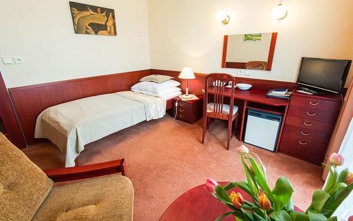 MONTI SPA HOTEL 1157558603