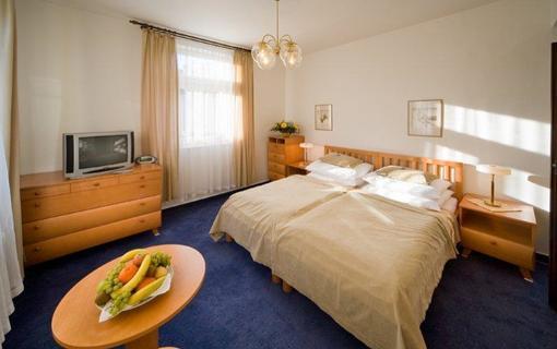 MONTI SPA HOTEL 1157558601