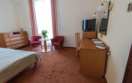 MONTI SPA HOTEL 1157558613