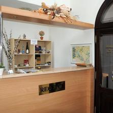 Hotel APOLLON Valtice 36708744