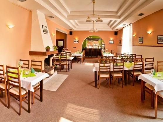 Hotel APOLLON 1155085669