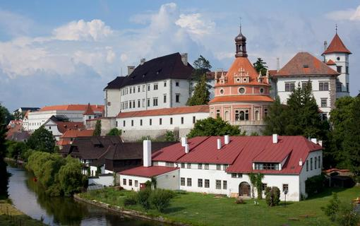 Hotel Concertino Zlatá Husa Zámek