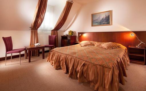 Hotel Concertino Zlatá Husa pokoj Hotel Concertino Zlatá Husa