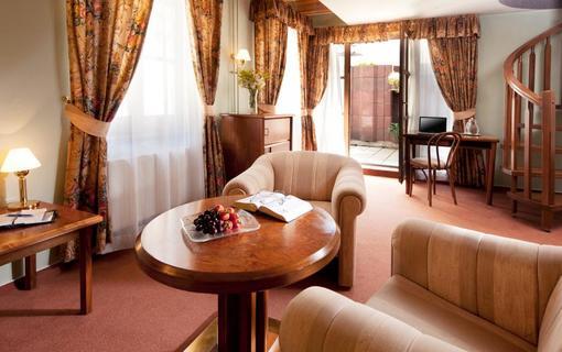 Hotel Concertino Zlatá Husa 1155008011