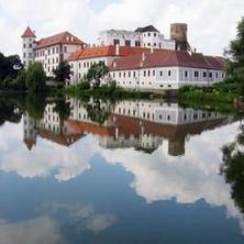 Hotel Concertino Zlatá Husa -Jindřichův Hradec-pobyt-Prodloužený víkend v historickém centru Jindřichova Hradce