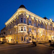 Lázeňský hotel SAVOY-Františkovy Lázně-pobyt-Lázně na zkoušku nejen pro seniory