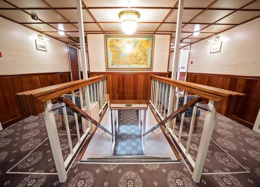 FLORENTINA-BOAT-hotel-6