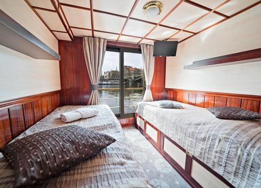 FLORENTINA-BOAT-hotel-5