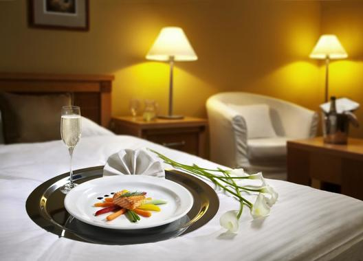 Dolce-Villa-Hotel-3