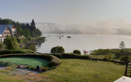 Hotel Albatros výhled na jezero