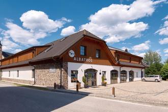 Přední Výtoň-Hotel Albatros