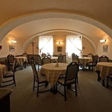 Hotel BÍLÁ PANÍ Jindřichův Hradec 36483996