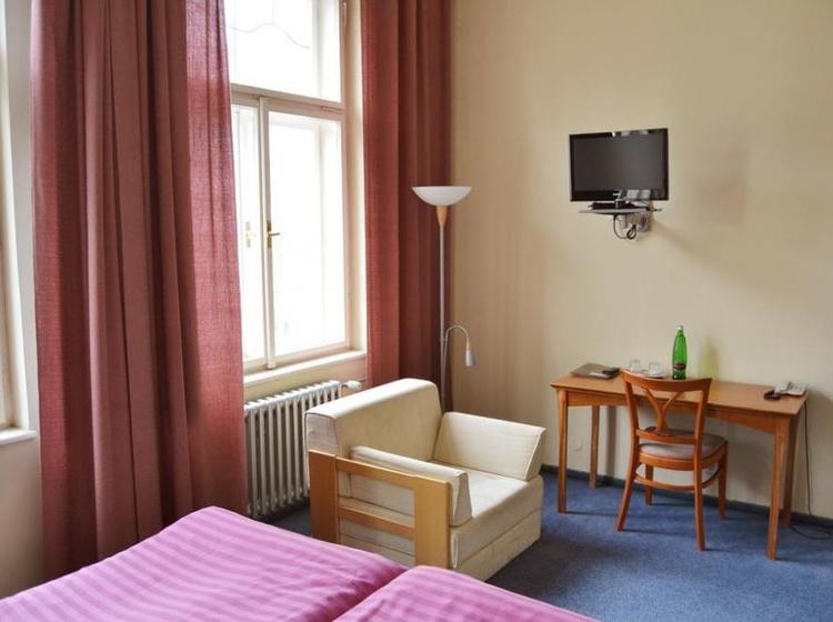 HOTEL PRAHA Liberec 1155088211 2