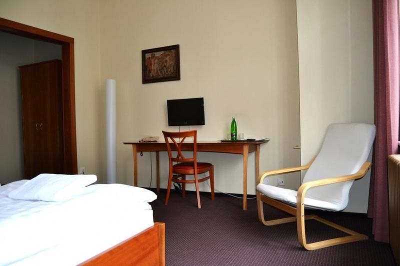 HOTEL PRAHA Liberec 12