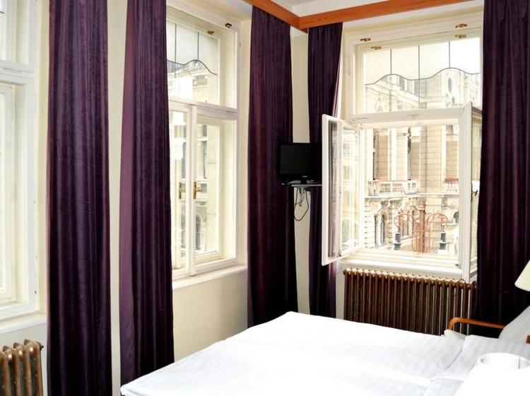 HOTEL PRAHA Liberec 1155088217 2