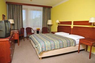 Hotel Krakonoš Mariánské Lázně 43732012