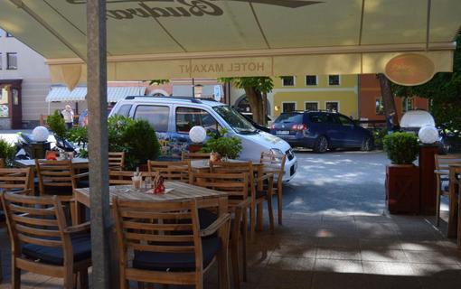 Hotel MAXANT Letni terasa restaurace Maxant
