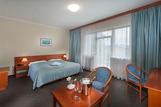 APRIL HOTEL PANORAMA Rychnov nad Kněžnou 567640292