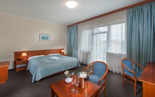 Báječný víkend-APRIL HOTEL PANORAMA 1155088699
