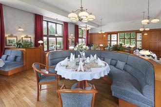 APRIL HOTEL PANORAMA-Rychnov nad Kněžnou-pobyt-Nedělní relaxace