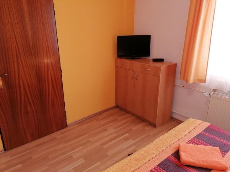Apartment No.2 bedroom