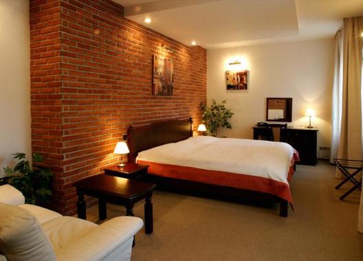 Hotel-a-restaurace-Green-Gondola-2