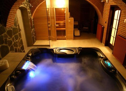 Hotel-a-restaurace-Green-Gondola-10