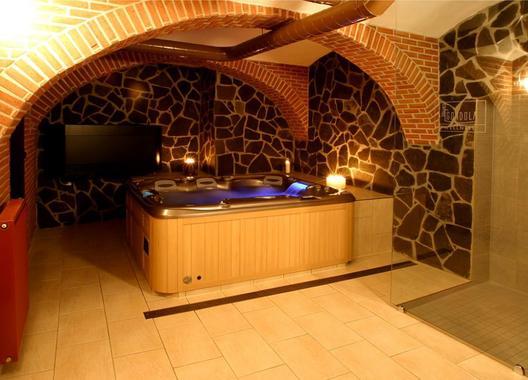 Hotel-a-restaurace-Green-Gondola-8