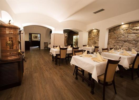 Hotel-a-restaurace-Green-Gondola-16